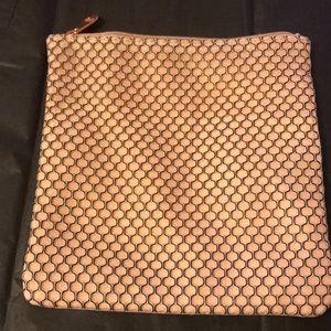 Ipsy larger net texture pink makeup bag